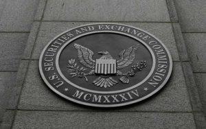 Webitcoin: Comissária da SEC: Comissão não deve deixar de aprovar produtos relacionados a criptomoedas