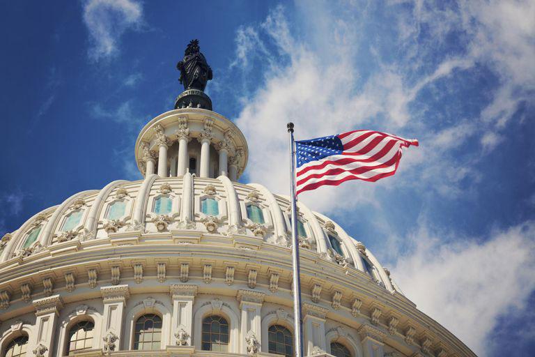 Webitcoin: Legisladores dos EUA introduzem projeto de lei que deixa de classificar criptomoedas como títulos financeiros