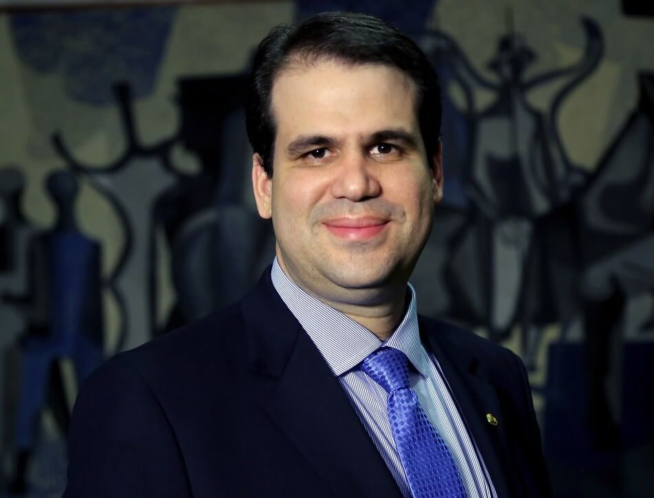 WeBitcoin: Deputado Aureo Ribeiro fala sobre a criptoeconomia e o futuro das criptomoedas no Brasil durante entrevista ao Dash Dinheiro Digital