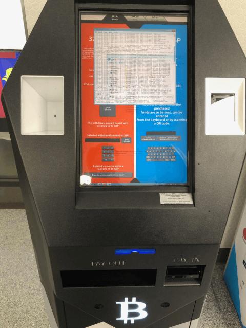 """WeBitcoin: Após suposto hack, ATM de Bitcoin """"cospe"""" dinheiro em Londres"""